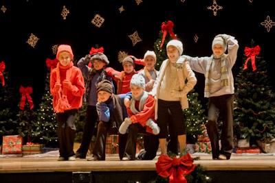 kids in winter hats
