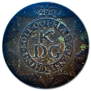 1775-1782 Revolutionary War British King's Dragoon Gaurd Button 26MM georgewashingtoninauguralbuttons.com