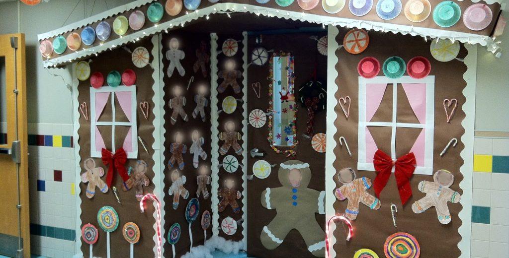 Christmas door decorating contest - Christmas Door Decorating Contest
