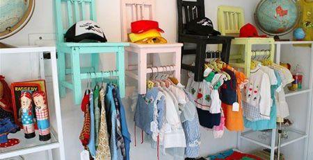 01197e012dcbea95b6679da0a1a1f1f9 kids store display clothing displays