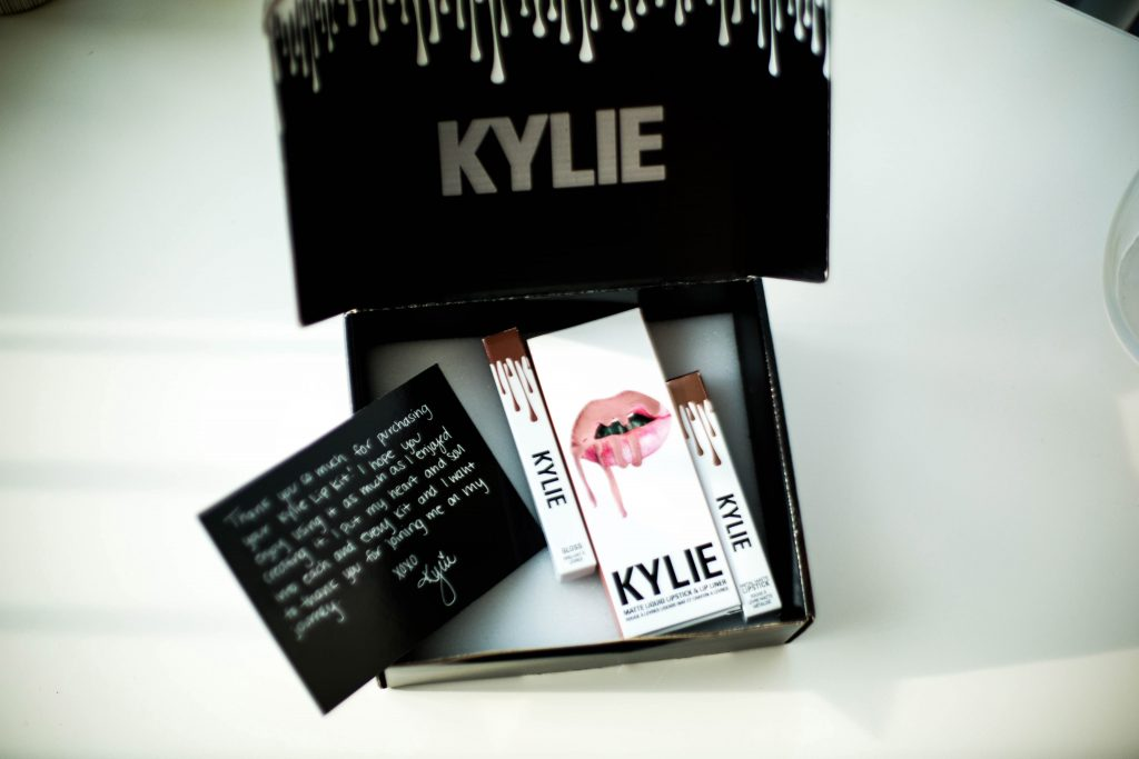 Kylie Lipsticks Review - London version