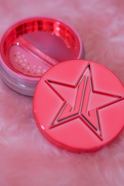 jeffree star MAGIC STAR™ SETTING POWDER