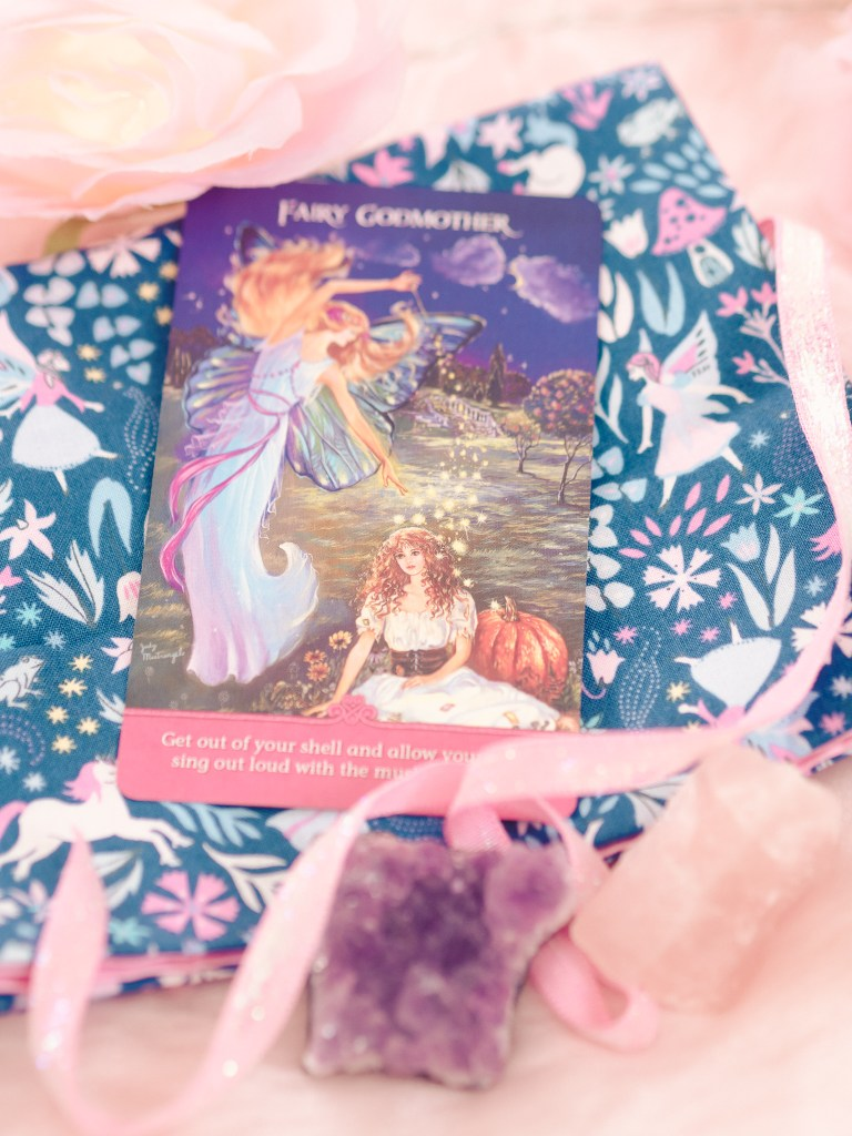 How To Make a Tarot, Altar or Oracle Card Cloth Mat Tutorial for Spiritual Readings
