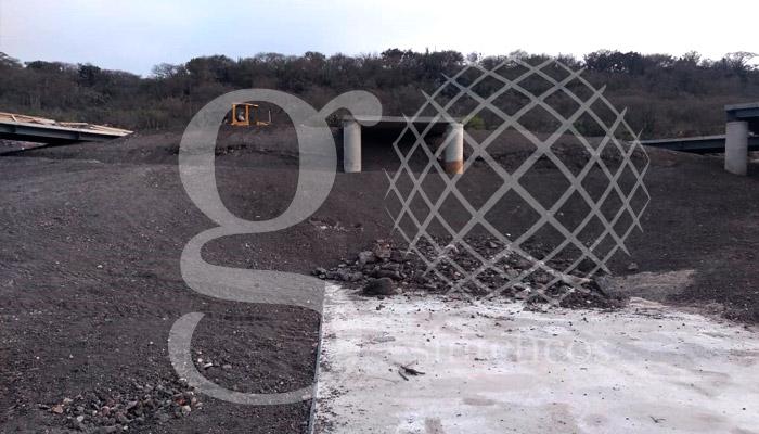 Relleno sanitario en Querétaro. 90 mil m2 de polietileno y doble capa de #geotextil.