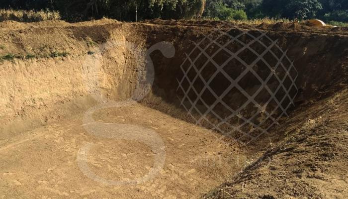 Inicio de trabajo de recubrimiento e instalación con #geomembrana #HDPE de 1mm en color negro, 843 m2.