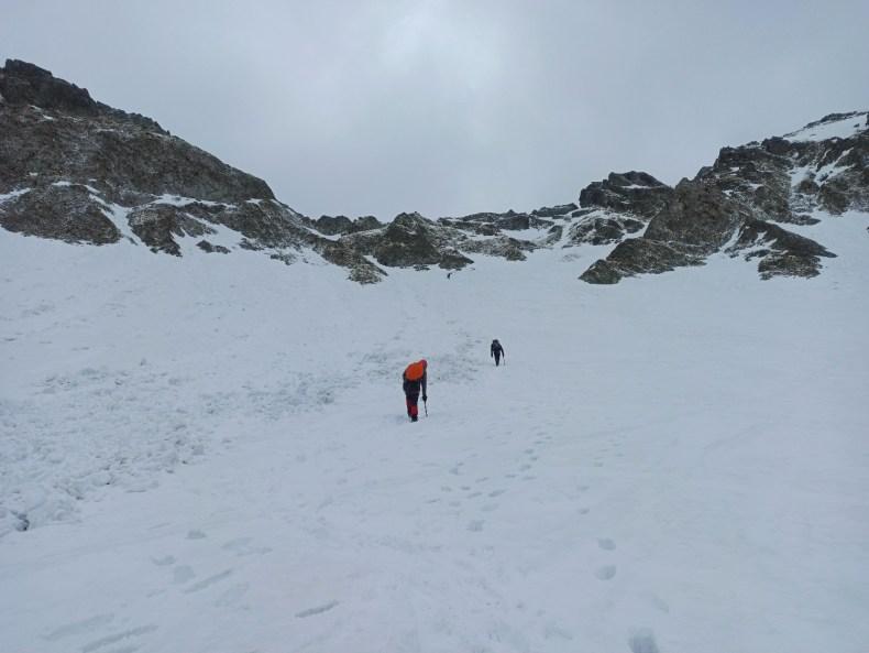 Szpiglasowa Przełęcz zimą podejście