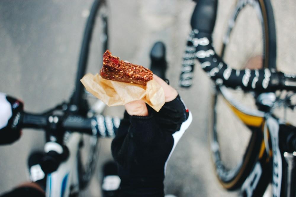 Erdnussbutter-Riegel, Rezept, Geradeaus, Radblog, Rennradblog, Tini, Andy, One Passion, Food, Nutrition, Energieriegel, Sport, Selfmade, Homemade, ride.natural