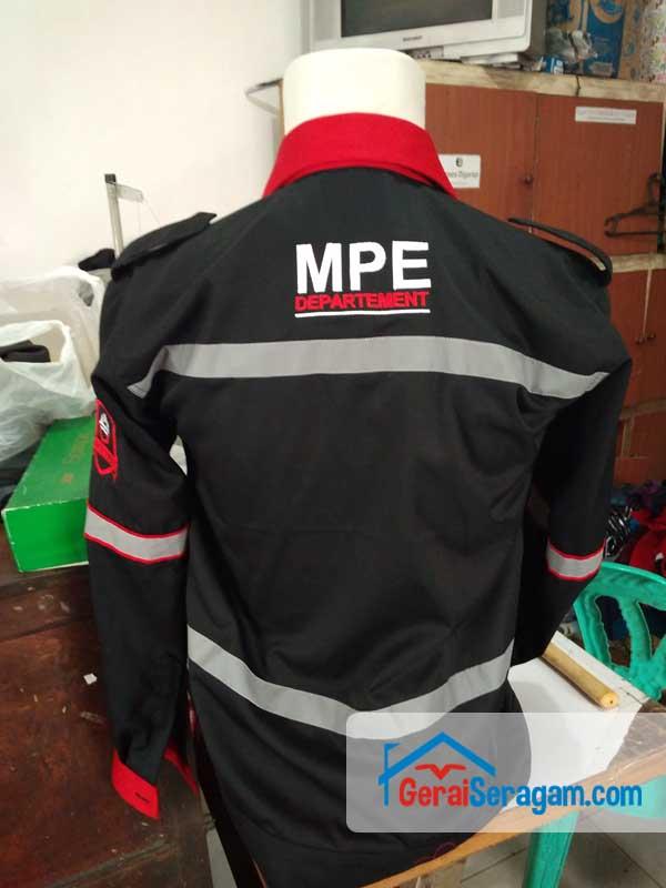 seragam lapangan MPE belakang