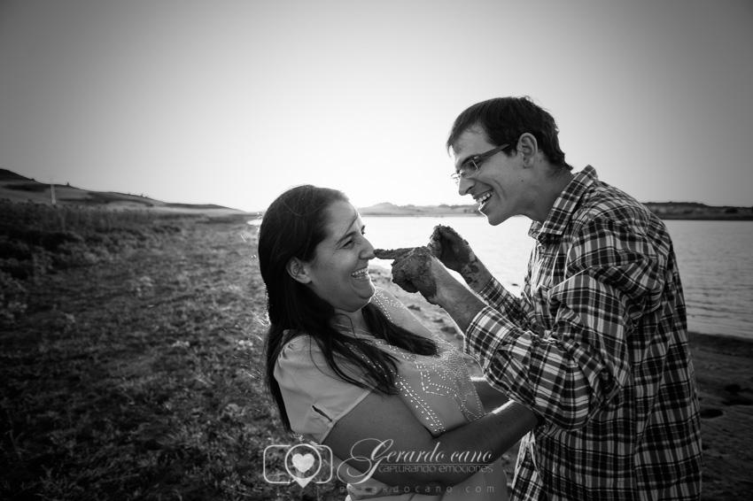 Fotos Boda Cuenca: Sesión de pre-boda con girasoles en Cuenca (3)