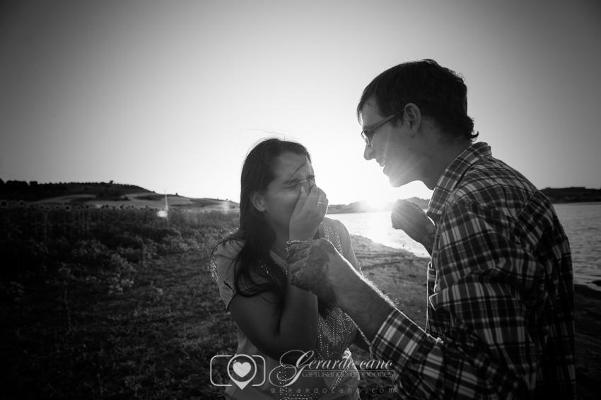 Fotos Boda Cuenca: Sesión de pre-boda con girasoles en Cuenca (2)