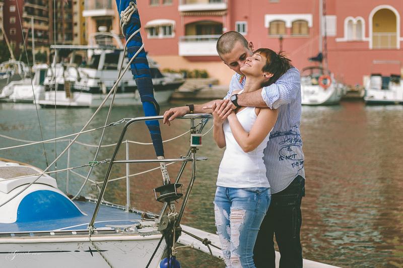 book de fotos de pareja Valencia - Port Saplaya (44)