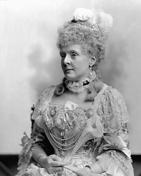 Lady Ampthill Posing as Princesse de Lamballe, Courtesy of Lafayette Negative Archive of V&A Museum