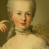 What Marie Antoinette Wore in the Eighteenth Century