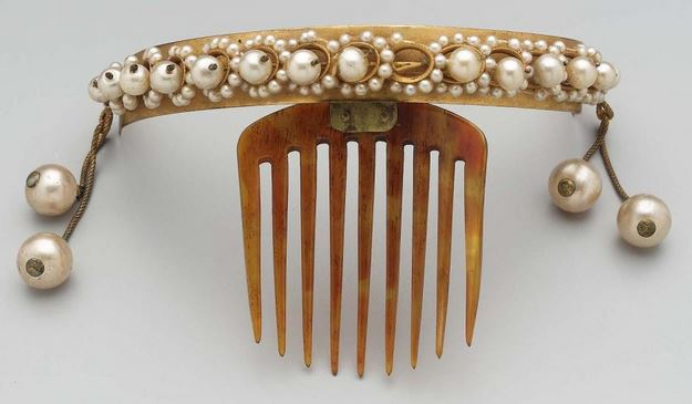 Decorative hair combs - French 1840-1860