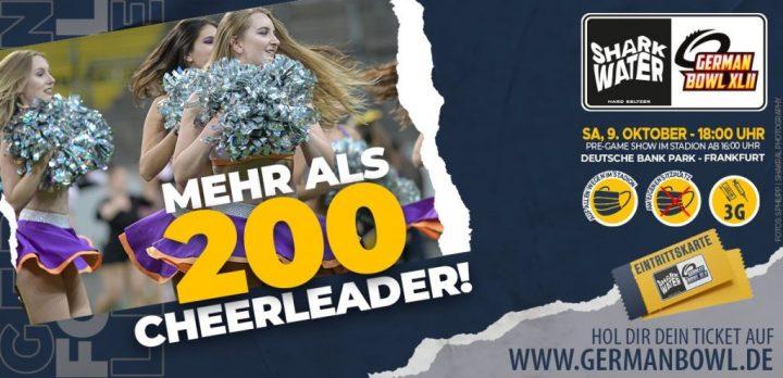 Über 200 Cheerleader performen beim SharkWater German Bowl XLII