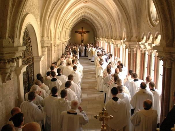 Resultado de imagen de Abadía territorial de los santos, Nicolás y Benedicto