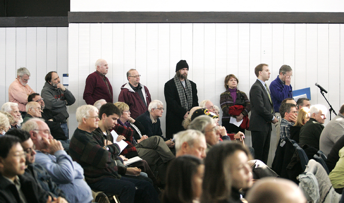 MAX GERSH | ROCKFORD REGISTER STAR People line up to ask Sen. Mark Kirk and Rep. Don Manzullo questions Saturday, Jan. 22, 2011, at a town hall meeting at the Rock Valley College Stenstrom Center in Rockford. ©2011