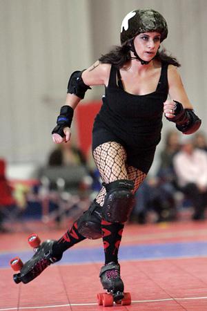 Rockford Rage roller derby ©2011 Max Gersh