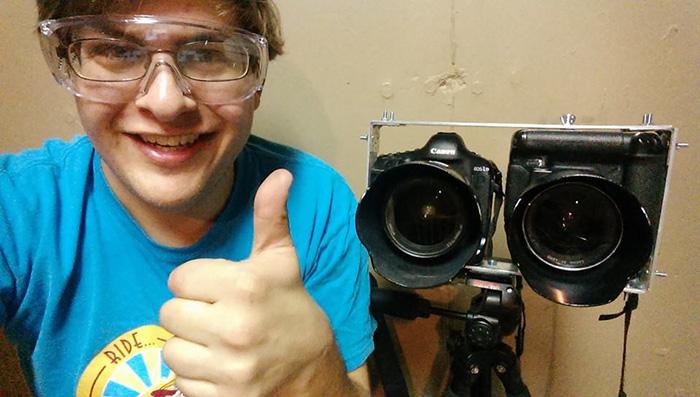 Dual DSLR stereoscopic camera mount