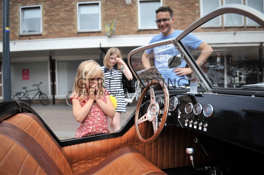 Ondernemingsvereniging Renkum Centrum showt met Bike&Car