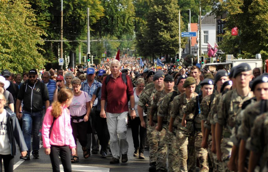 Groot aantal deelnemers 73e Airborne wandeltocht