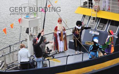 Sinterklaas arriveerde zondag in het geheim in Renkum. Professionele filmopnamen gemaakt.