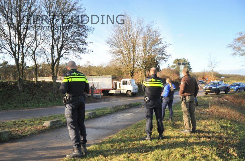 Vier krakers op gemeentelijk terrein in Renkum door politie met zachte hand verwijderd