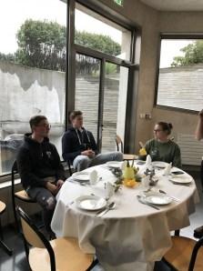 Unser Medien- und Dekorationsteam Ferdinand, Moritz und Maike