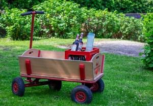 Geschenke für Väter Bollerwagen mit Bierchen