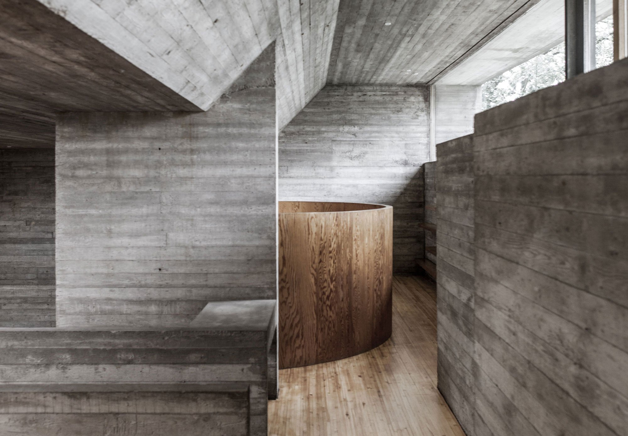 A Brutalist House By Juliaan Lampens