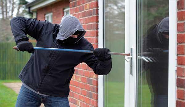 Como agem ladrões, assaltantes, invasor de condomínio residencial