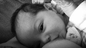 breast feeding colostrum