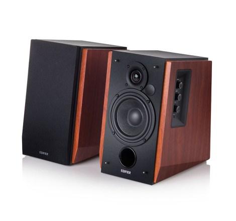 Edifier International R1700BT Bookshelf Bluetooth Speaker
