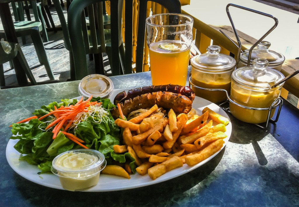 French fries and mayonnaise - Microbrasserie La Diable,