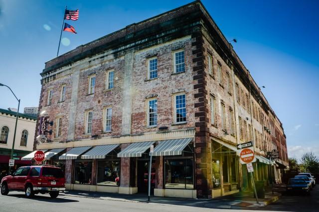 Lady and Sons Restaurant - Savannah GA