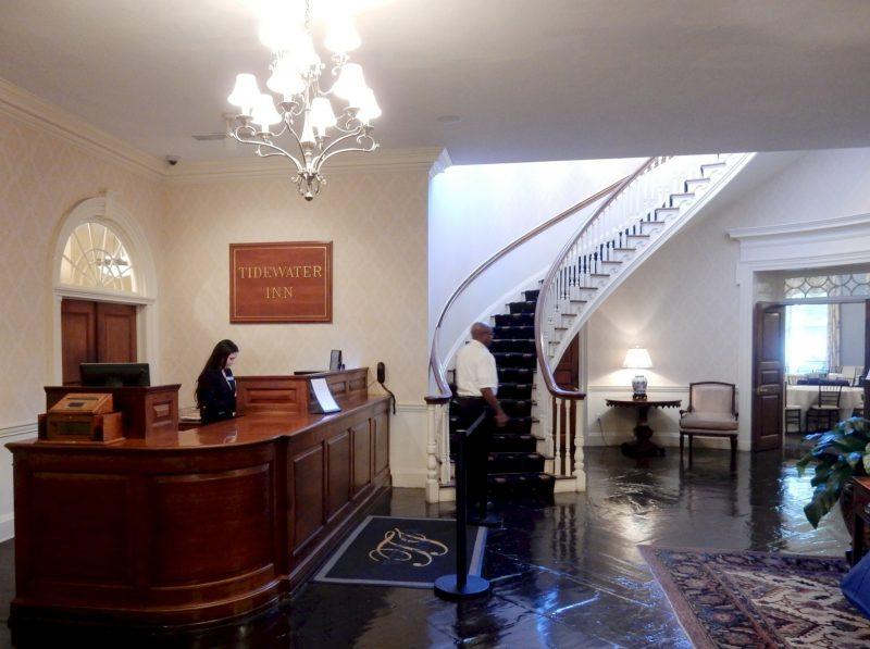 tidewater-inn-lobby-easton-md