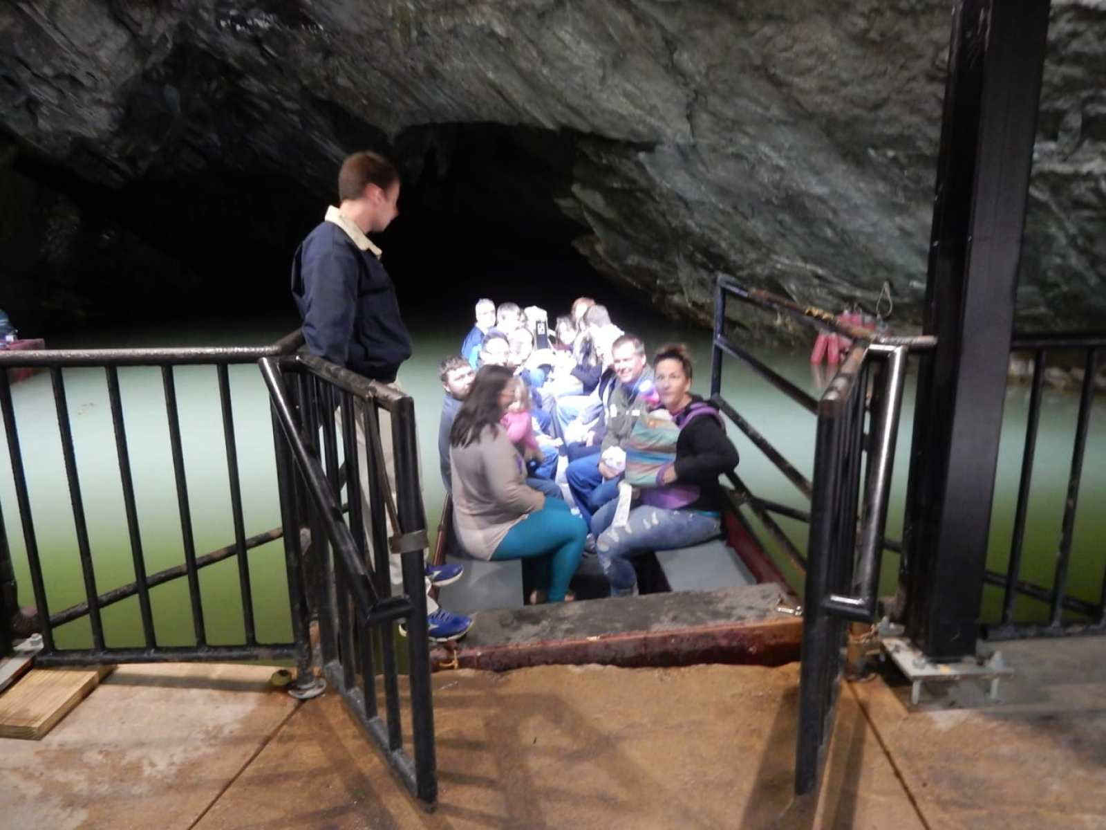 Penn's Cave, Spring Mills PA