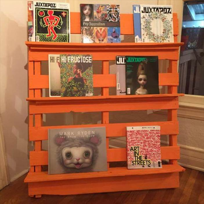 Perfect things to do with pallets #diybookshelfpallet #bookshelves #storageideas