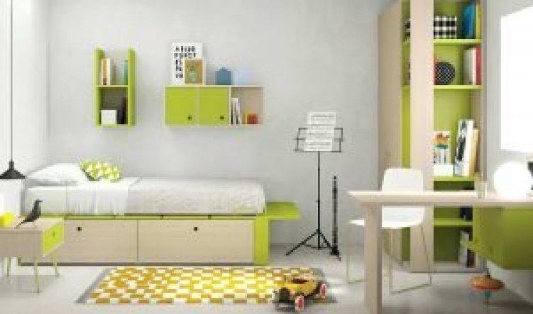 Perfect kids room chandelier #kidsbedroomideas #kidsroomideas #littlegirlsbedroom