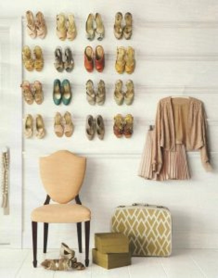Staggering shoe storage ideas dorm #shoestorageideas #shoerack #shoeorganizer