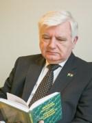 MEP László Surján