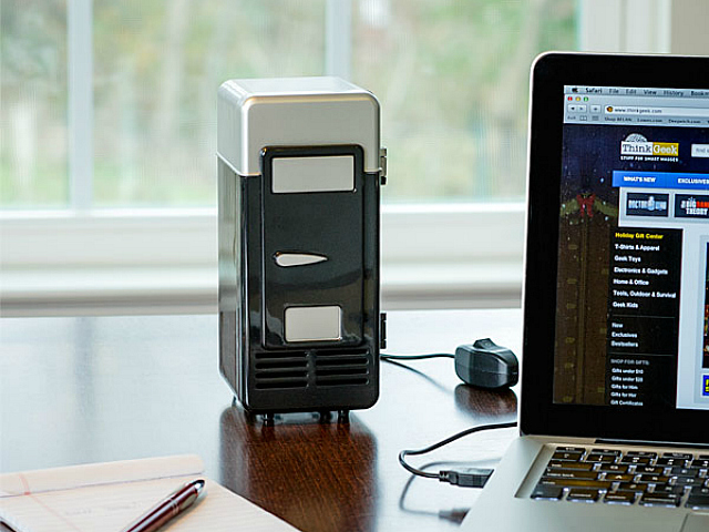 USB Thermoelectric Cooler & Warmer