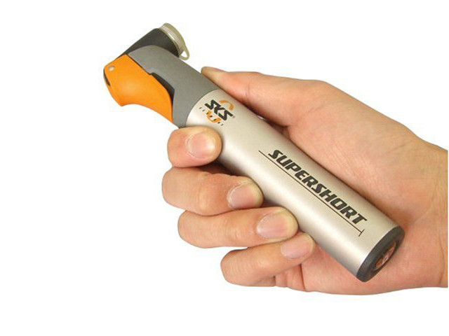 Supershort Mini Bicycle Pump That Fits in Your Pocket
