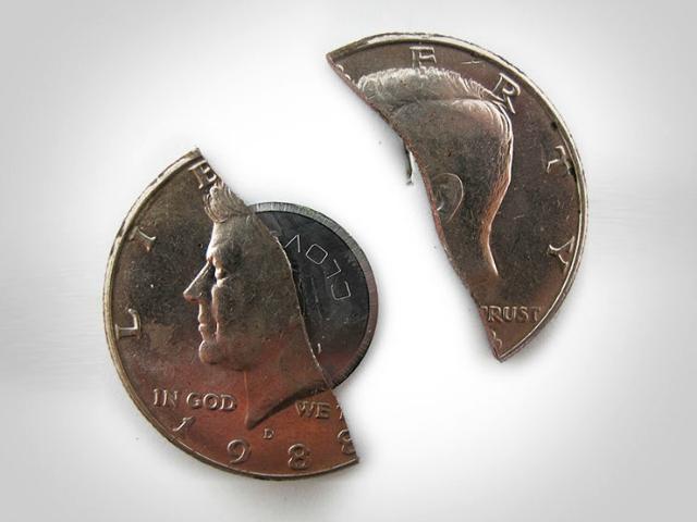 Tru-Spec Fifty-cent Covert Knife