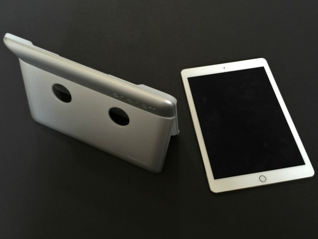 Onanoff Sound Cover Boosts iPad Air Volume by 400%