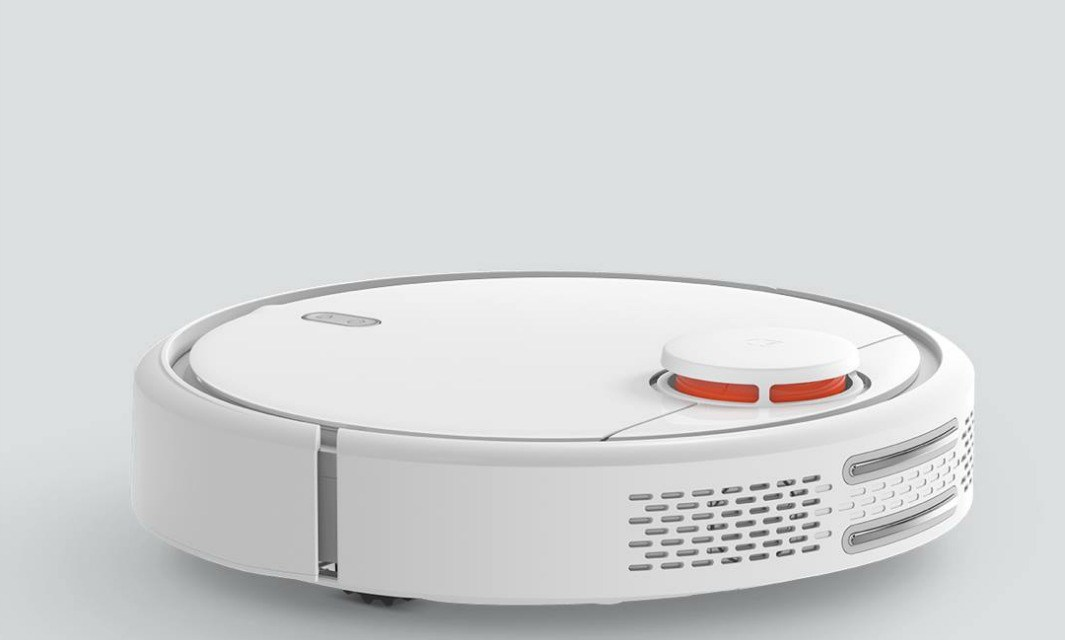 Xiaomi Robotic Vacuum Challenges the Roomba for the Robot Vacuum Crown