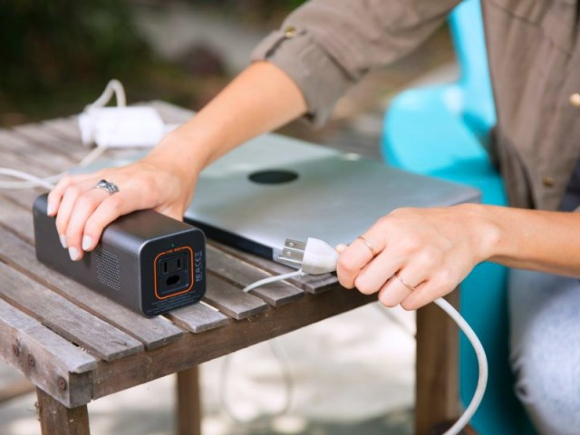 Jackery PowerBar: Bring the AC Wall Outlet with you