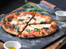Baking Steel Bakes Gourmet Pizzas at Home