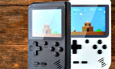 FC Family Pocket: Retro Gaming On-the-go