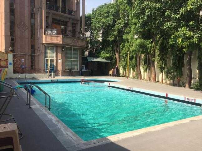 swimming pool in delhi